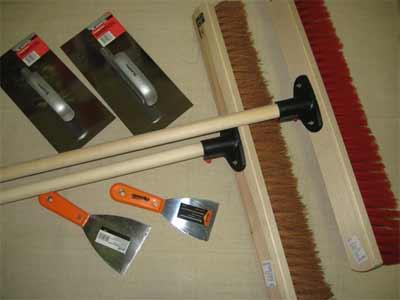 Ремонт и уборка бетонного пола (инструменты)
